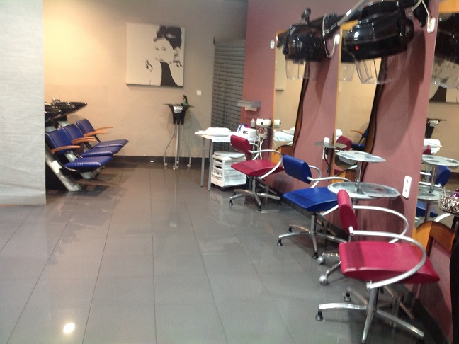 Salon Valenzuela (30)